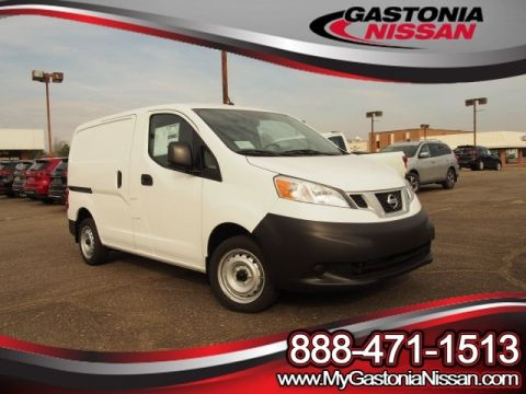 New Nissan NV200 S